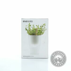 OPEN BOX Eva Solo 568115 Self-Watering Herb Pot in Clear Frosted Glass 11 cm Dia
