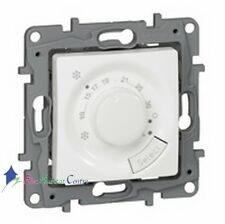 Thermostat d'ambiance fil pilote Niloe blanc Legrand 664787