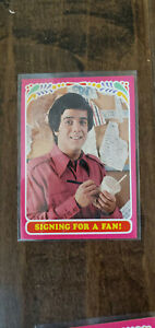 1971 TOPPS TEST ISSUE CARD BOBBY SHERMAN GETTING TOGETHER SIGNING FOR A FAN # 13