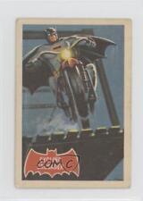 1966 A&BC Batman A Series (Red Bat Logo) #10A Cycling Crusader Card 0a6