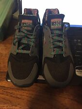 "HUARACHE FREE 2012 BHM ""BLACK HISTORY MONTH"" Size 10.5 DS"