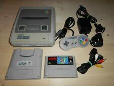 Super Nintendo-Konsole + Mario World und Super Game Boy Super Nintendo SNES PAL
