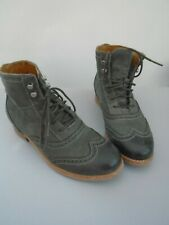 GREY LEATHER BROGUE LACE UP ANKLE BOOTS   size 3