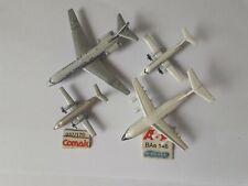 Lot de 4 minis avions de la collection Schabak en métal