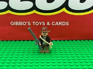 LEGO INDIANA JONES + satchel & gun minifigure INDIANA JONES sets 7620 7621 7622