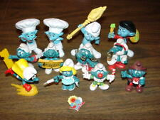Lot of 12 Peyo - SMURF FIGURINES + 1 enamel pin - Smurfette