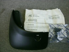 2007-2009 Hyundai Accent 084601E601 Left Rear Molded Mud Flap Splash Guard OEM
