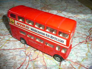 LEYLAND Routemaster  Bus BTA Welcome to Britain Ancien CORGI