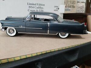 Danbury Mint 54 Cadillac coupe deVille  1/24