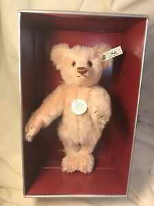 "Steiff 1990 Issue ""Teddy Rose"" 1925 Replica - Limited Edition of 8000 Bear"