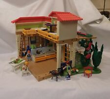 Playmobil 4857 Summer Vacation House bed bath kitchen furniture accessories