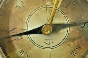 VINTAGE FRENCH BRASS BLUED COMPASS