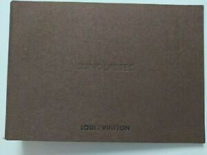Louis Vuitton Folder Sunglasses Collection - From Store Inventory 27 cm x 19 cm