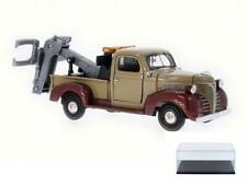 DIECAST CAR & CASE 1941 PLYMOUTH PICKUP TOW TRUCK MOTOR MAX 75342AC 1/24