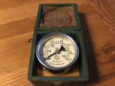 GENUINE Vintage 0-50 lbs oil Pressure Gauge In Wooden Box