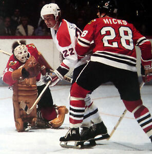 NOSTALGIA HOCKEY PRINT PHOTO TONY ESPOSITO DOUG HICKS CHICAGO VS SHUTT  TE14