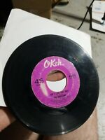 VIBRATIONS Northern Soul 45 Okeh #7220 End Up Crying b/w Ain't Love That Way