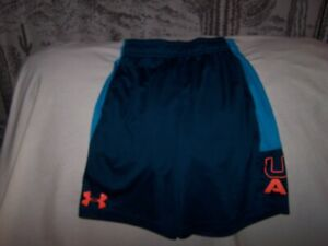 Boys Under Armour 2 Tone Blue Shorts with Pockets Small