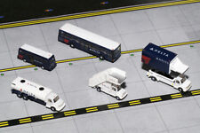 Gemini Jets 1/200 Delta Ground Service Equipment Trucks Set G2DAL720