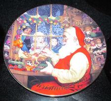 "Avon Christmas 1996 Collector Plate ""Santa's Loving Touch"" Porcelain 22K Gold"