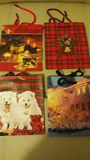 Conjunto de cuatro pequeñas bolsas de regalo de Navidad bueno para joyería, chocolates, galletas, etc.