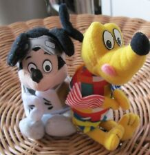 lot   2 peluches MARIONNETTES  HEROS DISNEY  MICKEY PLUTO MACDO 2000