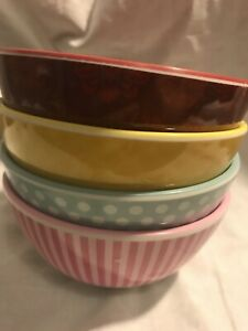Cake Boss Patterns & Quotes Dessert Bowls Set of 4 Sweets Frosting Red Blue Pink