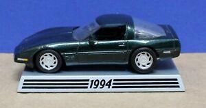 Danbury Mint  1:43 1994 Corvette Hardtop Met Green with display Base