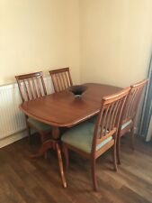 6 seater table and chairs, extendable, White & Newton