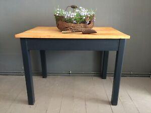 antiker schwarzer Tisch, Schreibtisch, Esstisch, Küchentisch, shabby, schwarz