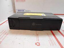 03-06 Mercedes CLK cd changer w/ mag A 2208274642 MC3330  OL0855
