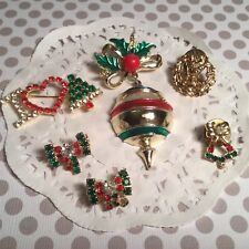 LOT OF SIX PRETTY VINTAGE RHINESTONE CHRISTMAS HOLIDAY PINS NICE VARIETY