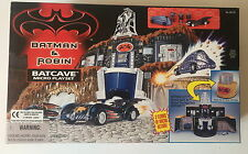 HASBRO KENNER BATMAN & ROBIN BATCAVE MICRO PLAYSET - SEALED