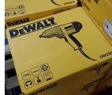 DEWALT DW292-QS 7.5-Amp 1/2-Inch Impact Wrench 220V Europe 2 Pin Plug in Box