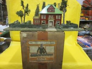 PRE WAR LIONEL # 911 ILLUMINATED COUNTRY ESTATE ( COLLECTOR QUALITY )  ( LOOK )