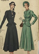1940s Vogue Vintage Sewing Pattern 6480 Suit Bust 30