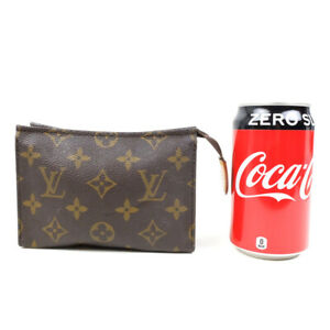 LOUIS VUITTON Poshed Cracking 15 Pouch M47546