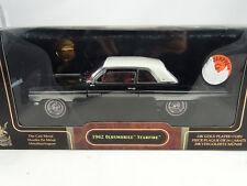 1:18 Road Signature 1962 Oldsmobile Starfire Noir + 24K Plaqué or Pièce Rare $