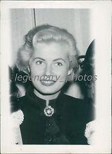 1956 Portrait of Actress Anita Ekberg Original News Service Photo