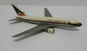 The Spirit of Delta Airlines 767 Jet IMC Modelworks Holland 1:200