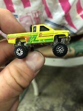 Hot Wheels Micro Toyota Pickup Truck 4x4 Mini Micro Racers Vintage 1987