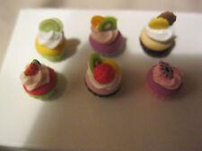 1:12 miniatures Dollhouse 6 Cup Cakes