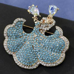 Pen pewter Ballroom Dancers PP-G08  Brooch drop hoop Holder For Glasses ID jewellery