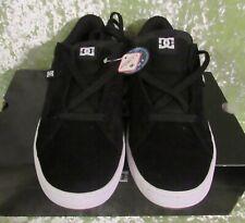 DC Shoes Mens Astor Skate Boarding, Shoe Size 9, Black / White / Gum -- NIB