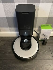 iRobot Roomba i7+ Robotic Vacuum, Wi-Fi, Mapping, Self Emptying, 14hrs Of Use