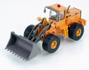 CARARAMA WHEEEL LOADER VOLVO L150C 1 87 SCALE DIECAST MODEL. NEW