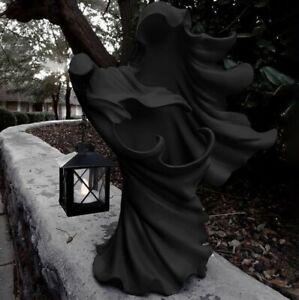 Hell's Messenger with Lantern Faceless Ghost Sculpture Halloween Sculpture Decor