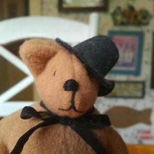Vintage 1980s OAAK wool Artist Teddy bear by Cathy Jordan 6in