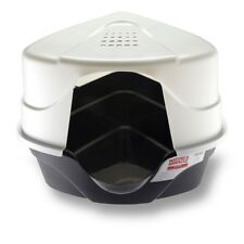 Nature's Miracle Advanced Hooded Corner Cat Litter Box