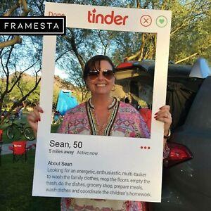 Tinder Engagement Prop (60 x 90 cm) Photo Booth Frame